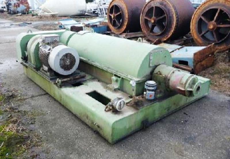 Humboldt S 3-2 solid bowl decanter centrifuge, 304SS.