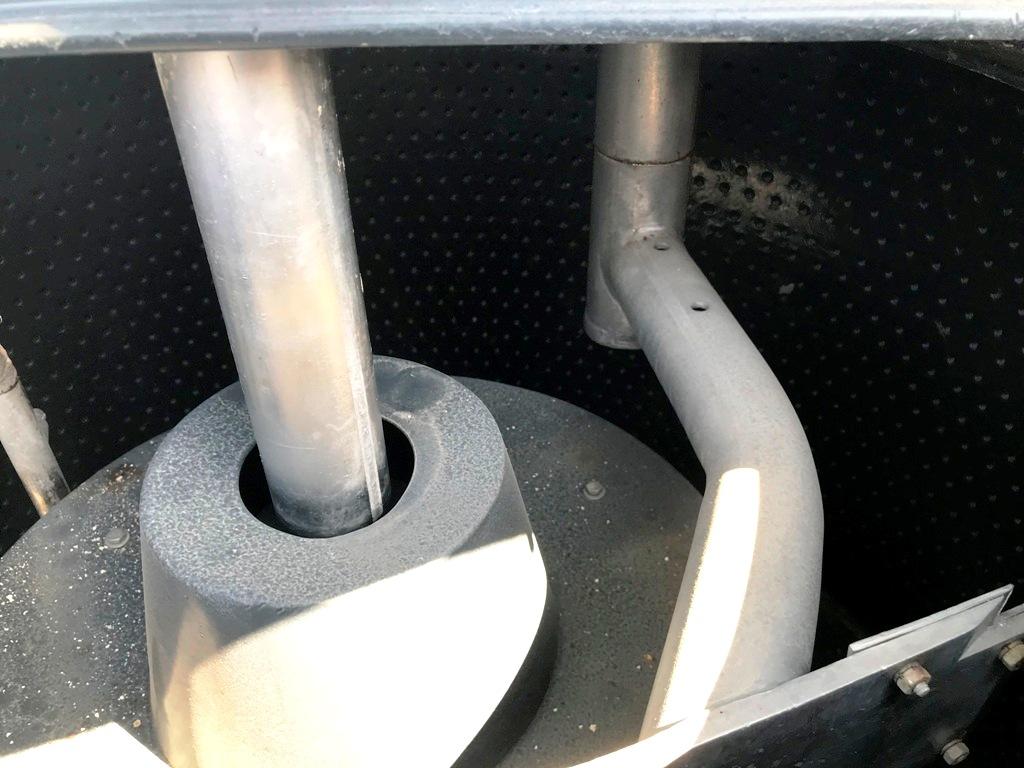 Tolhurst 40 x 24 Batch-Master perforate basket, rubberlined