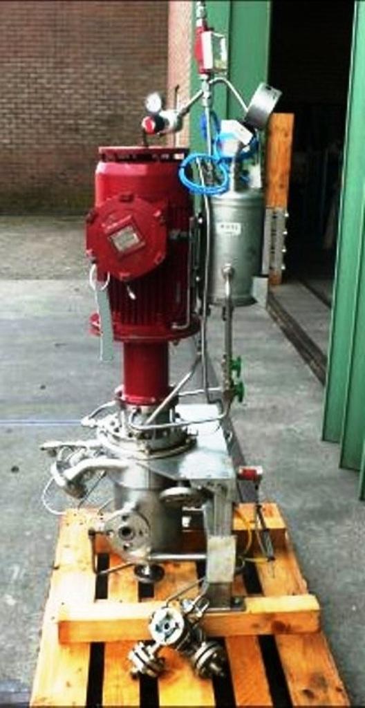 CINC V05-HPHT CIP annular centrifugal contactor, 316L SS.