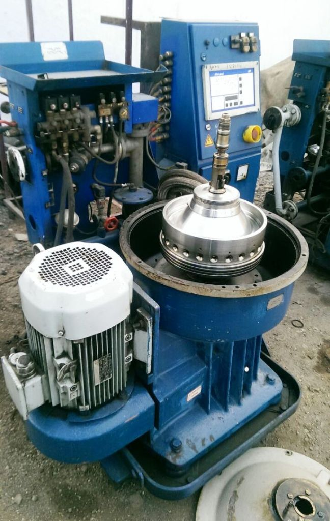 (2) Alfa-Laval S-300 fuel/lube oil purifiers, 316SS.