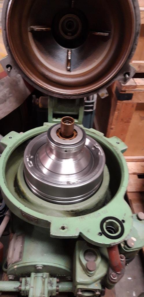 Westfalia OSA 5-02-066 lube oil purifier, SS.