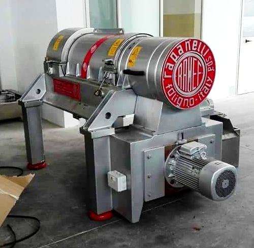 Rapanelli 4000 ECO decanter centrifuge, 316SS.