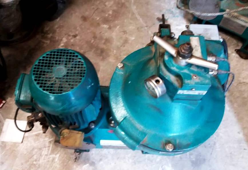 Westfalia OSE 10-91-067/6 fuel oil purifier.