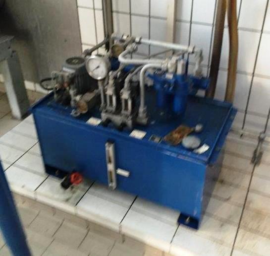 Humboldt SC 4-02 (30 x 120) decanter centrifuge, CS.