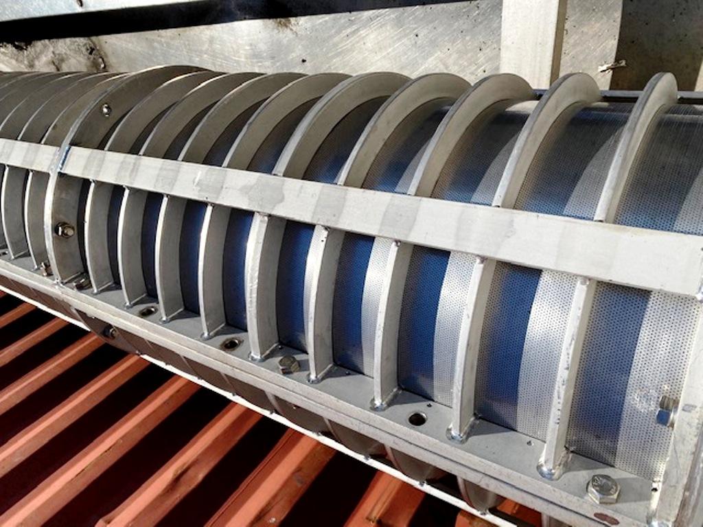 FKC HX-550 screw press for fish dewatering, 304SS & CS frame.